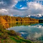 Отражение неба в озере