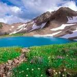 Озеро в Канадских горах