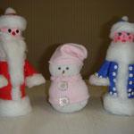 Дед Мороз  и Снегурочка из бутылочек йогурта