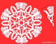 Снежинка с бабочками