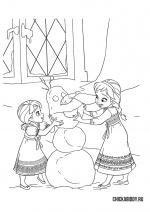 Анна и Эльза лепят снеговика